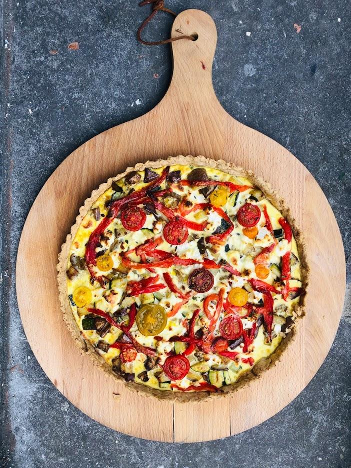 Spelt quiche met aubergine, courgette en paprika, groenten, biologisch, recept, seizoensgroenten, vegetarisch