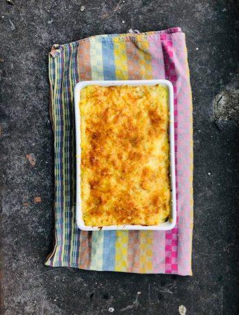 Een verrassend lekkere aardappel venkel gratin met de zoetige smaken van venkel als aanvulling. Een aardappel en groenten gratin in één.